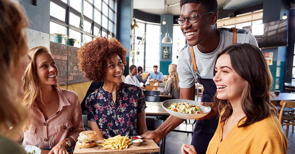 Aprenda como atrair mais clientes para seu bar e restaurante